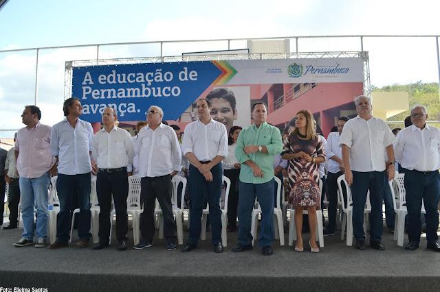 Governador do Estado, Paulo Câmara (PSB), apareceu em Panelas