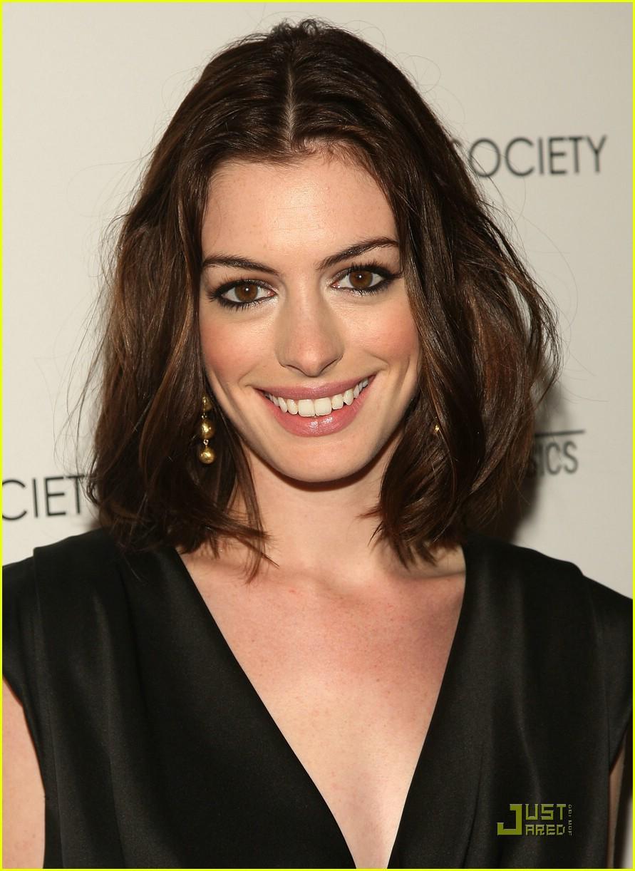 Anne Hathaway Anne Hathaway Body Pics