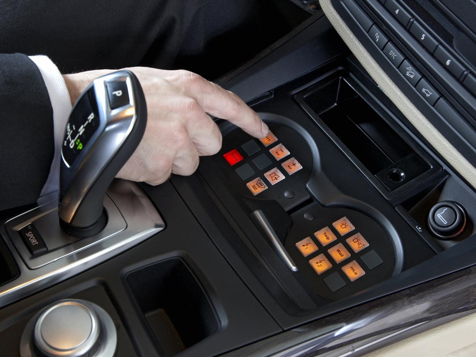 Innovative Automotive Database BMW X5 E70