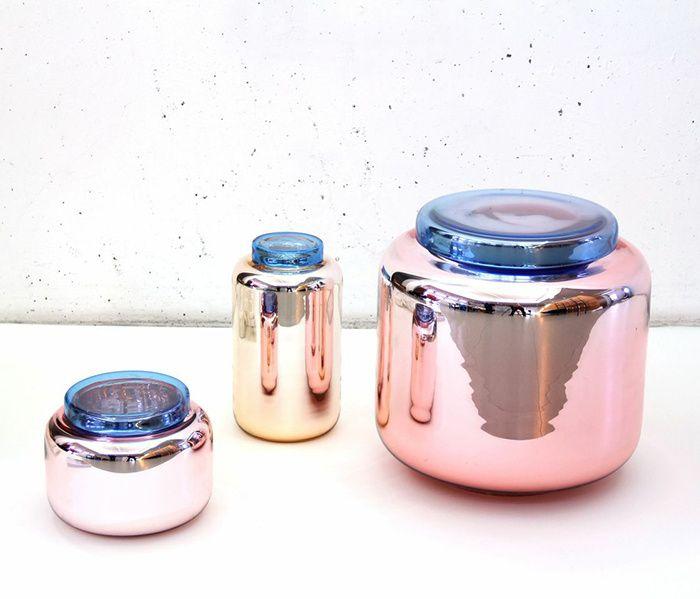 Sebastian Herkner har lavet vaser der også kan bruges til opbevaring
