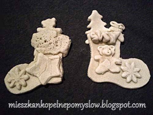 Boże Narodzenie, dekoracje, dekoracje z masy solnej, figurki z masy solnej, handmade, lepienie, masa solna, masy plastyczne, praca z dziećmi, ręcznie robione, rękodzieło, skarpeta bożonarodzeniowa,