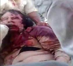 المجلس الانتقالي ينفذ الفتوى بعدم الصلاة على القذافي