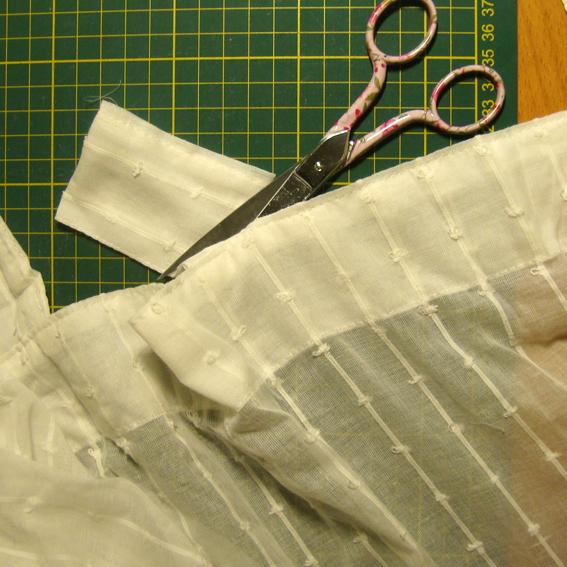 Vitomundo tutorial tunear cortinas - Riel con velcro ...
