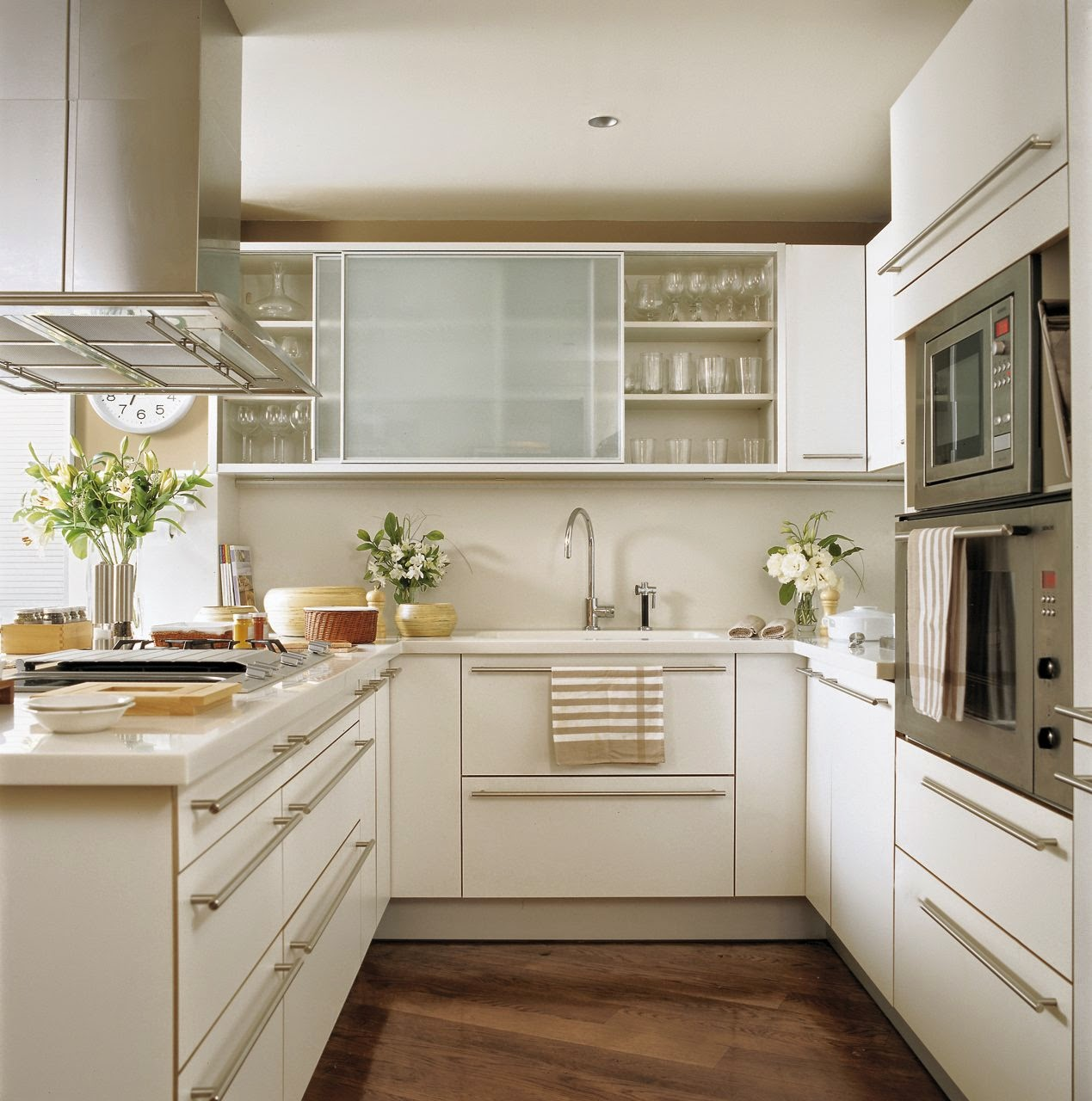 #937138 Tem pouco espaço em sua cozinha? Mesmo que a sua cozinha tenha poucos  1269x1280 px Idéias Cozinha Pequena Concepção_350 Imagens