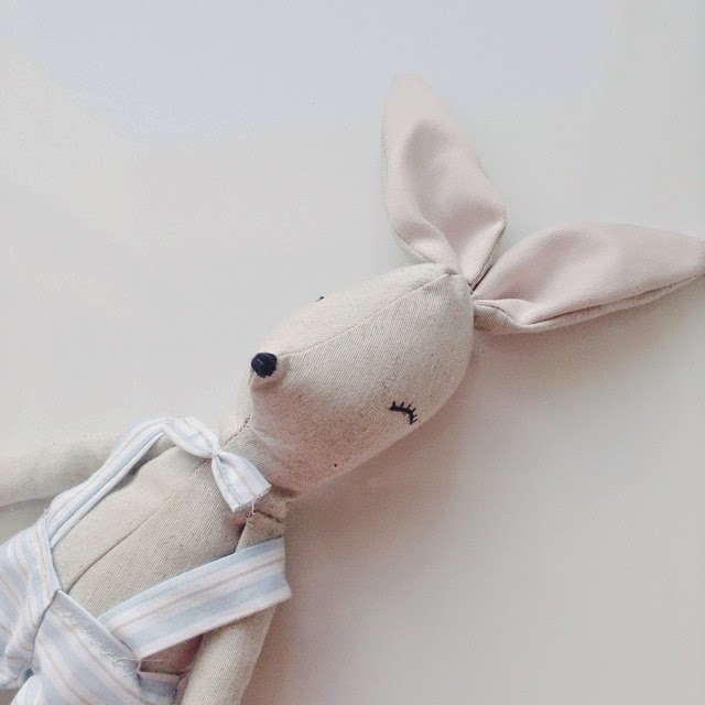 rag doll, handmade with love,cloth doll, softy, artist bear, nursery decoration, kids deco, decorar habitación infantil, peluches para regalar, peluches especiales