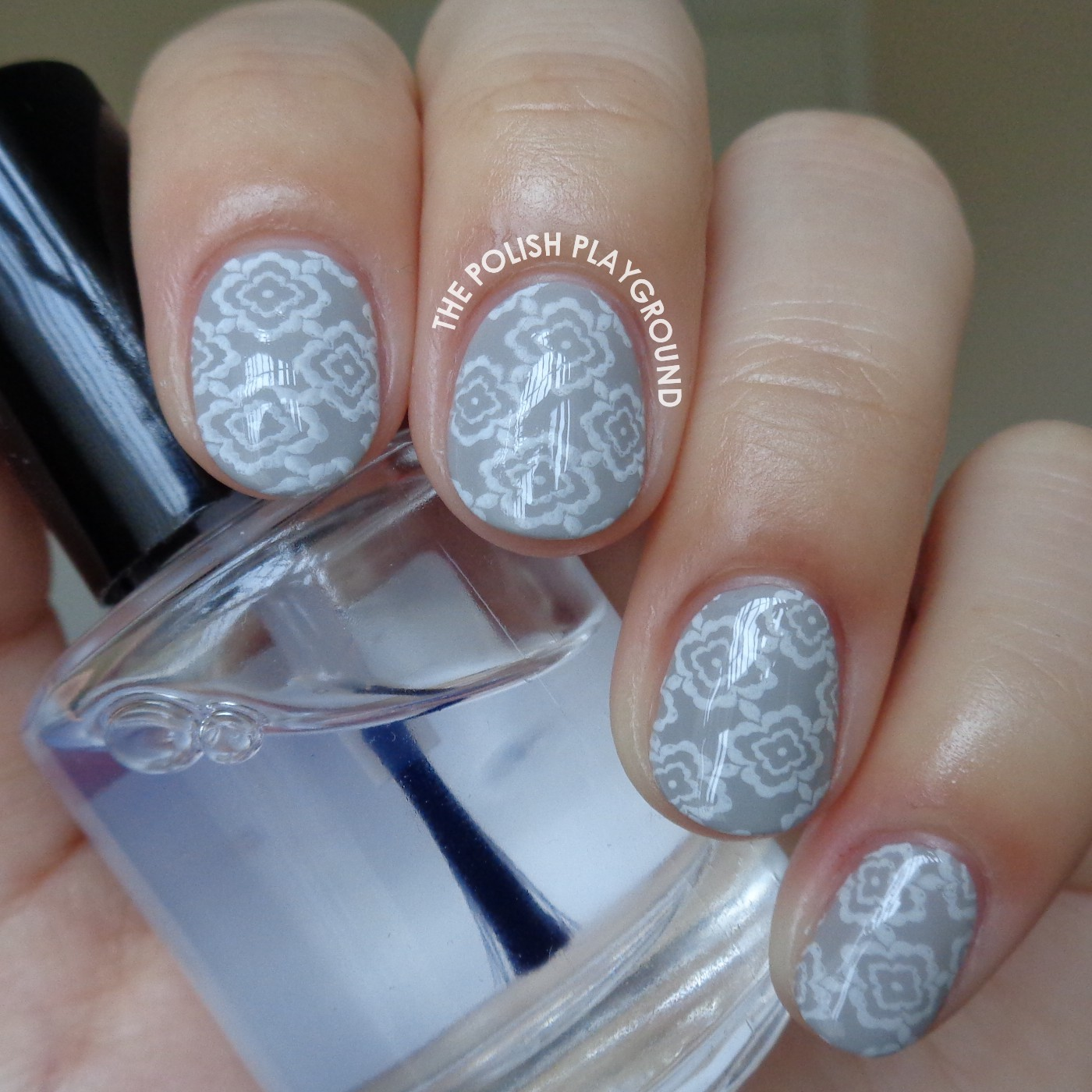 Grey And White Nail Designs