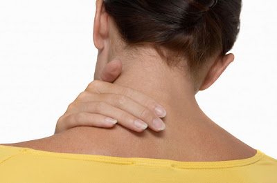 6 home remedies for treating stiff neck torticollis  exercises sternocleidomastoid muscle pain-relieving Causes painful area