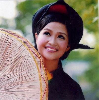 North Vietnamese women charming with traditional hairstyles