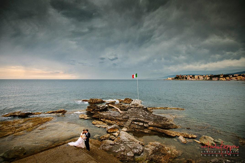 sposi al monumento di Quarto dei Mille matrimonio Genova