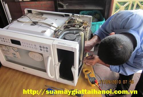 Sửa lò vi sóng tại Hà Nội của điện tử điện lạnh Bách Khoa