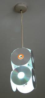 ARTESANATO COM CD USADO. RECICLAGEM DE CD E DVD.