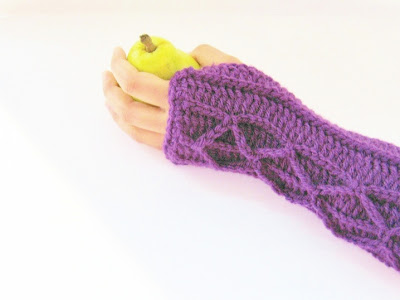 Ravelry: Crochet Cable Fingerless Gloves pattern by