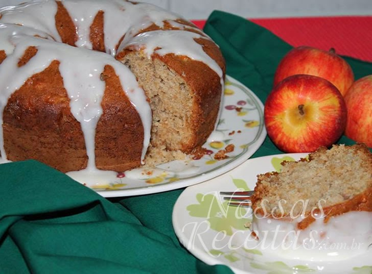 Receita de bolo preparado com maçã