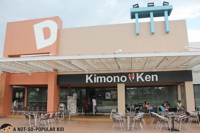 Kimono Ken, Blue Bay Walk