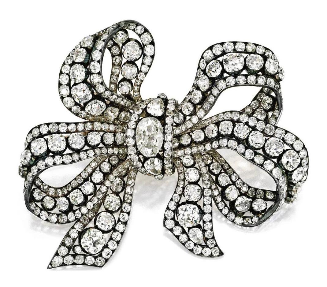 british artemisia focus brooch jewels princess marinas marina royal kent bow s jewel on