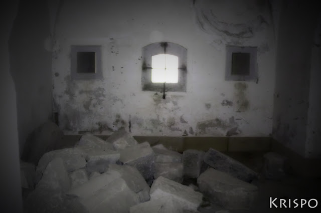 habitacion con piedras en fuerte guadalupe de hondarribia