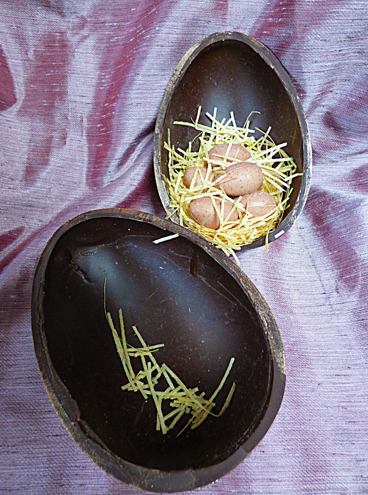 Easter egg, chocolate egg