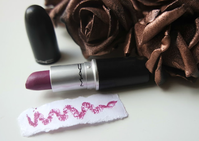 MAC Up The Amp Lipstick Review and Swatches