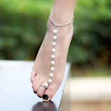 Soumaya Akaaboune, anklet gold chain in United Kingdom, best Body Piercing Jewelry