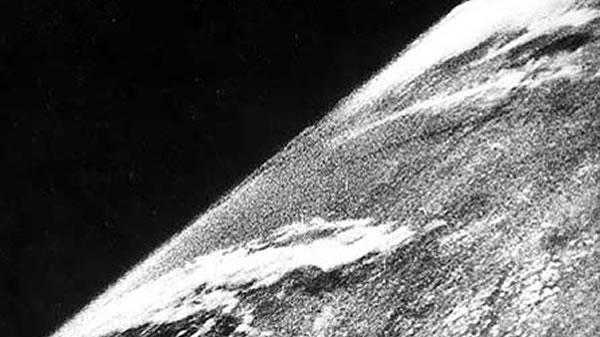 Foto pertama dari angkasalepas