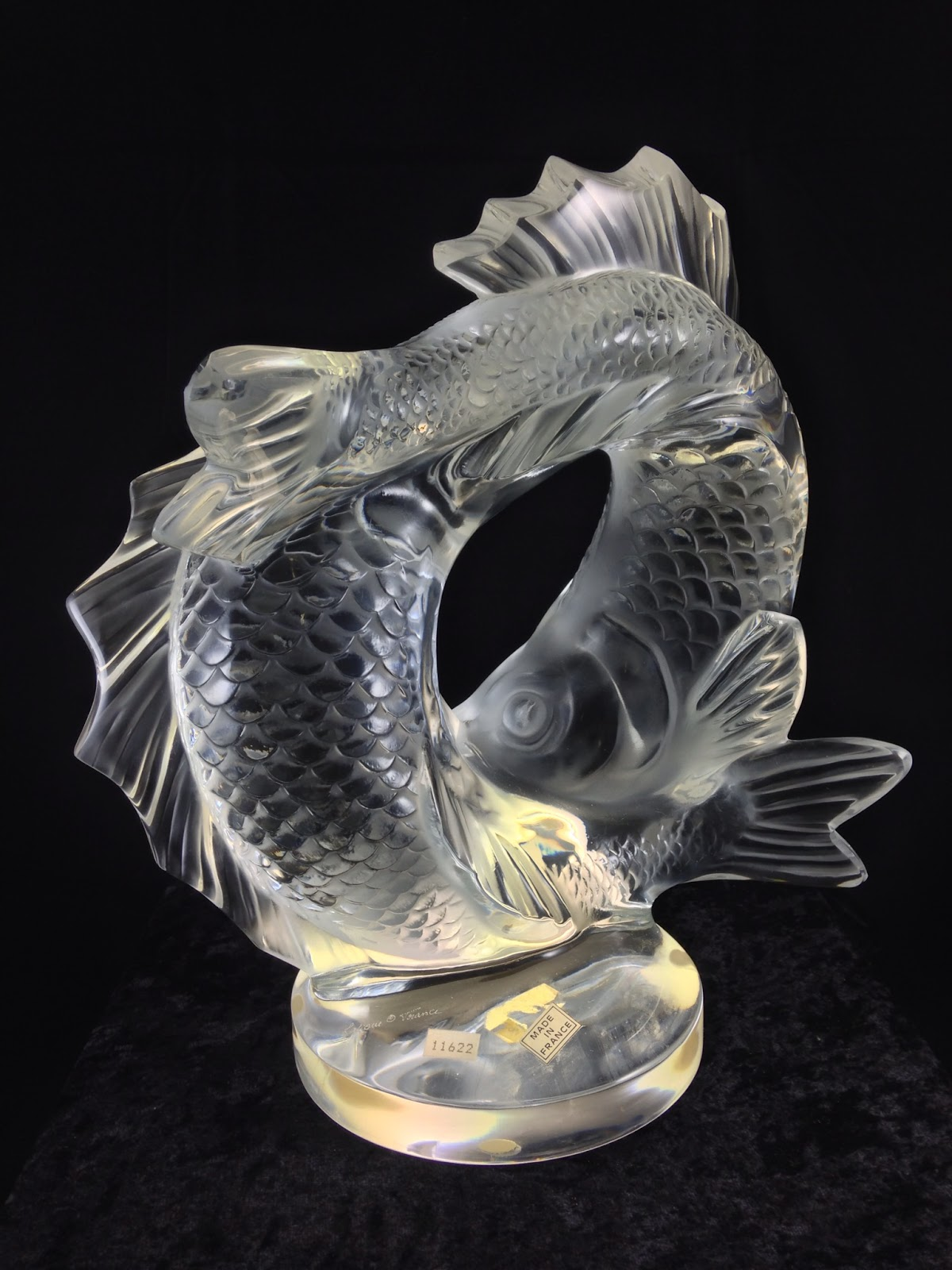 Antiques art and collectibles lalique crystal deux for Coy poisson