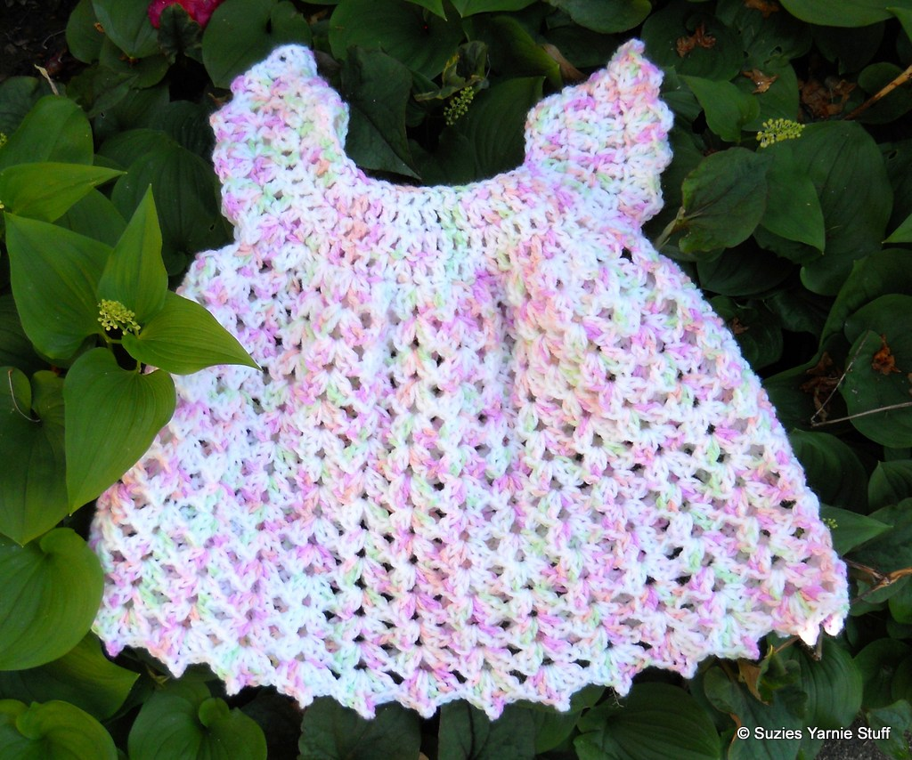 Suzies Stuff: ANGEL WING BABY PINAFORE