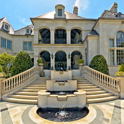 Fachadas de casas de lujo dise o l neas y estilos fotos for Escaleras de casas de lujo