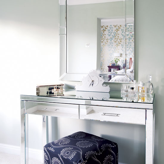 Very Best Mirrored Vanity Dressing Table 550 x 550 · 45 kB · jpeg