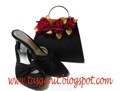 tas pesta hitam dan sandal pesta set matching