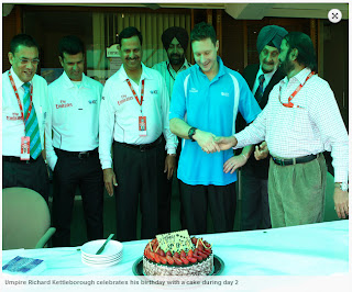 Umpire-Richard-Kettleborough-celebrates-his-birthday-INDIA-v-AUSTRALIA-3rd-TEST