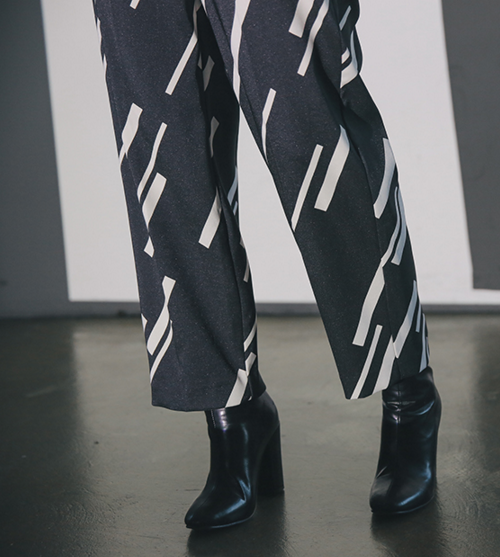 Diagonal Prints Baggy Pants