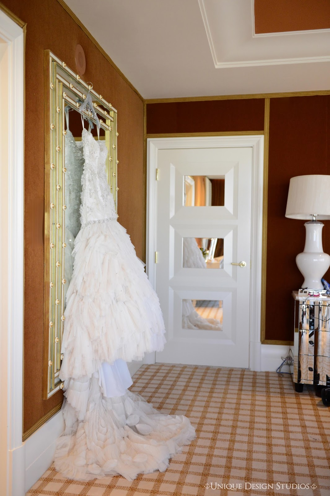 tiffany cook events omg unbelievable las vegas wedding ceremony brides gorgeous gown from chic parisien miami at encore hotel tower suites las vegas stunning 2 bedroom apartment the bride groom stayed in this suite