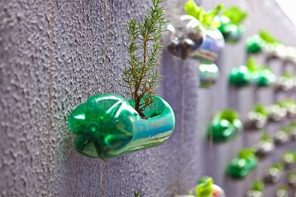 http://4.bp.blogspot.com/-zzG1cVmzm34/U-d5mSrKUJI/AAAAAAAAIIE/eMlTIs1zXa8/s1600/plastic-bottles-recycling-ideas-9.jpg