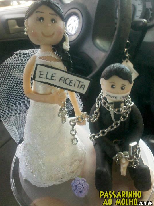 boneco de bolo de casamento