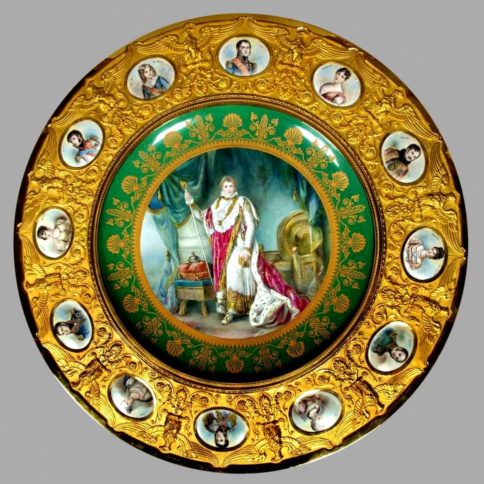 Loveisspeed commode with five porcelain plaques 18th century - Table des marechaux fontainebleau ...