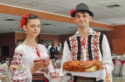 restaraunt moldovenesc torino dansatori nunta fotograf