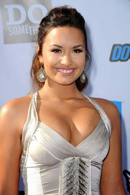 Demi-Lovato-hot-photos