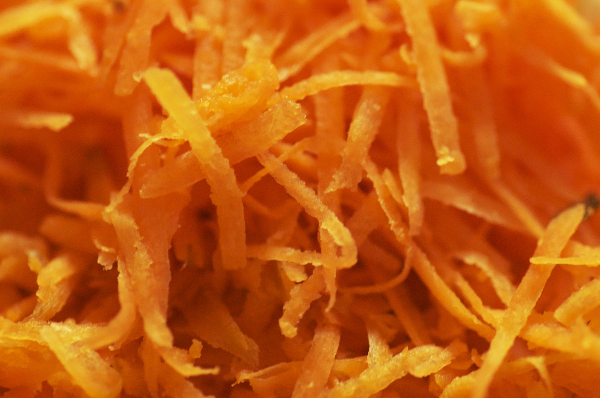 how to make mince onions and carrots