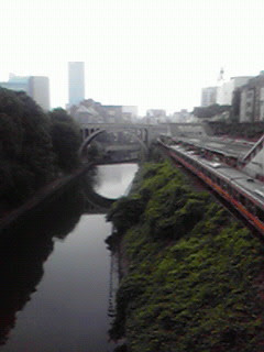 お茶の水駅からみる神田川