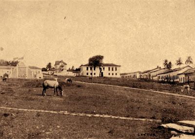 Largo do Chafariz, em 1911 - Museu das Bandeiras
