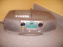 Por: Doador anonimo, Marca Sony CD Radio Cassete-corder cfd-v7 oferta que sera propriedade da CAM