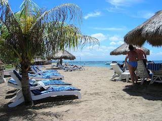 Playa Nusa Dua, Bali, Indonesia, vuelta al mundo, round the world, La vuelta al mundo de Asun y Ricardo