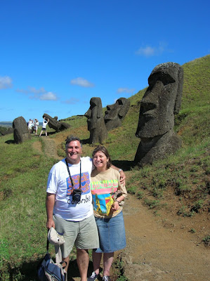 Rano Raraku, Isla de Pascua, Easter Island, vuelta al mundo, round the world, La vuelta al mundo de Asun y Ricardo