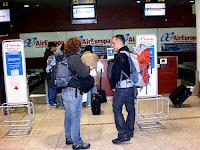 aeropuerto del Prat, barcelona, entrevista la vuelta al mundo.net, blog la vuelta al mundo.net,vuelta al mundo, round the world, información viajes, consejos, fotos, guía, diario, excursiones