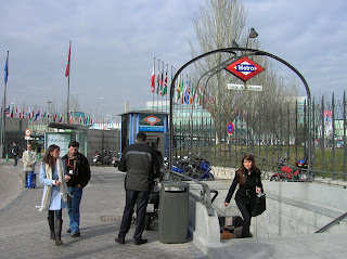 Metro campo de las naciones, madrid, vuelta al mundo, round the world, La vuelta al mundo de Asun y Ricardo, mundoporlibre.com