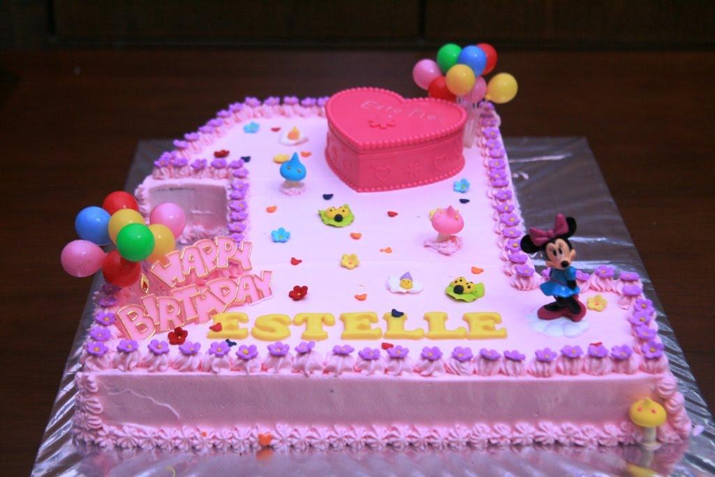 Haven Bakery Estelle 1st birthday cake