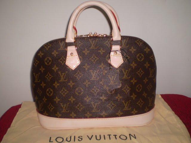 b27e00a88e4 Corpo   Beleza  Bolsa Alma Louis Vuitton MM