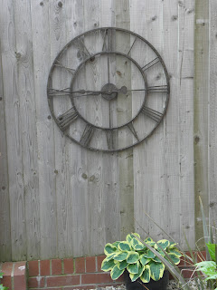 Clock in-situ
