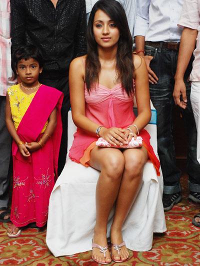 trisha actress pics
