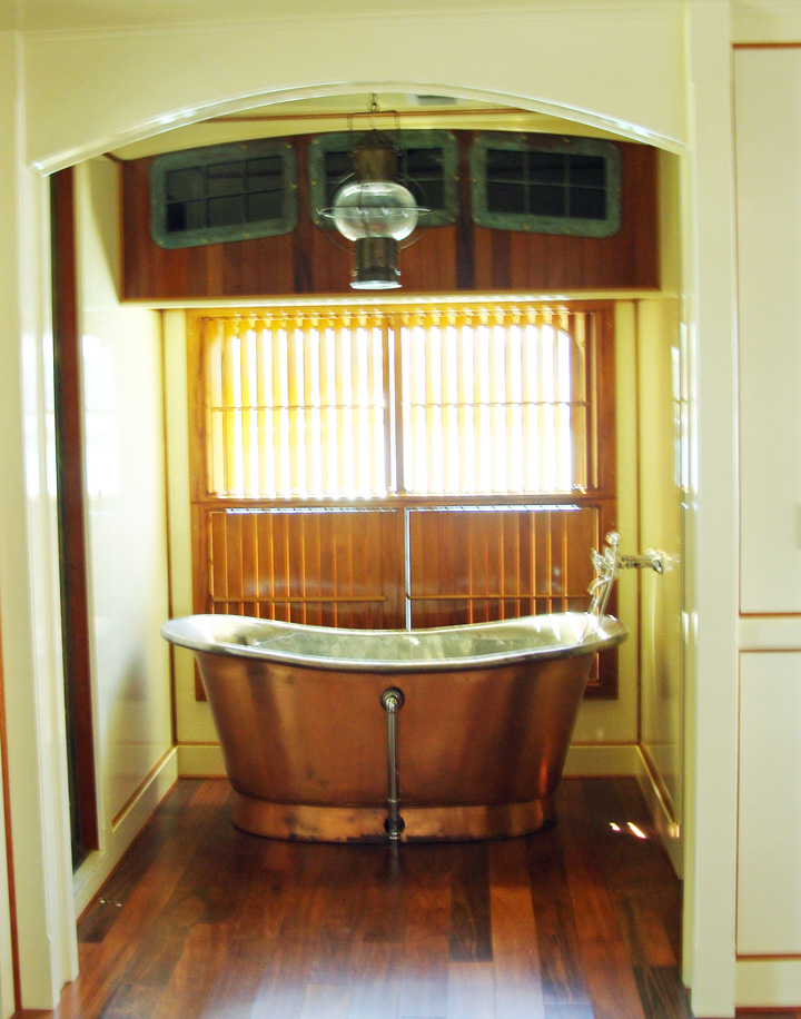Nautical Themed Bathroom Designed Like The Finely Fitted Yacht